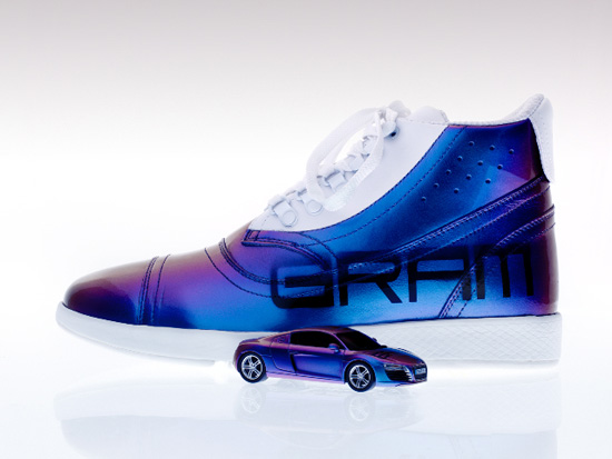 Xbox gram shoe and car