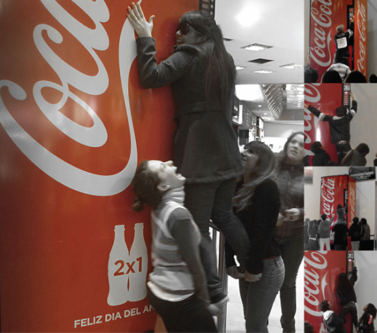 maquina-de-la-amistad-ogilvy-argentina-dia-del-amigo-ambient-marketing-alternatif-distributeur-coca-cola-1-600x530