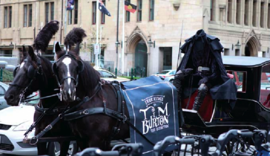 melbourne-headless-horse-man-tim-burton-acmi-exhibition-exposition-ambient-marketing-PR-Stunt-free-ride-3-600x347
