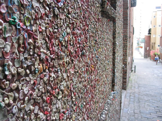 Seattle-bubble-gum-wall11