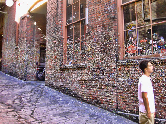 Seattle-bubble-gum-wall7