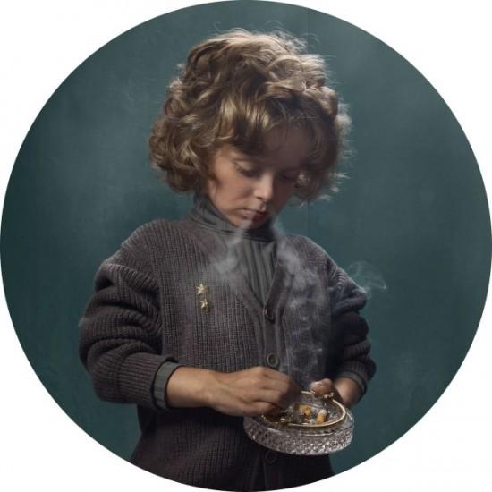 Frieke janssens smoking kids polkadot for Arredo bongiorni