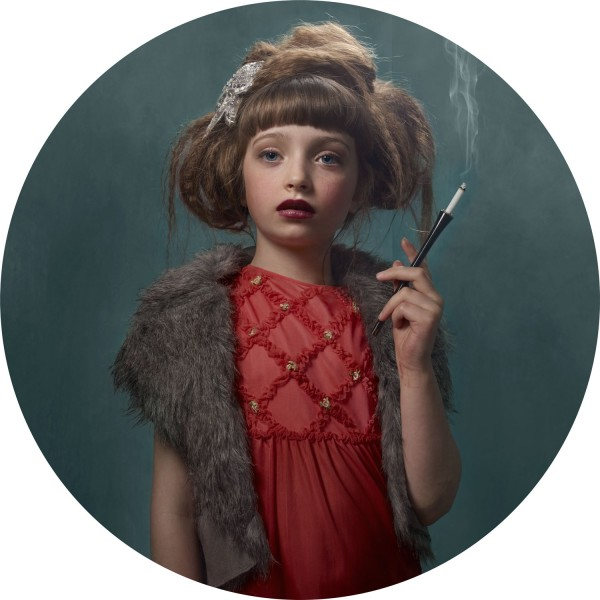 frieke janssens - smoking kids