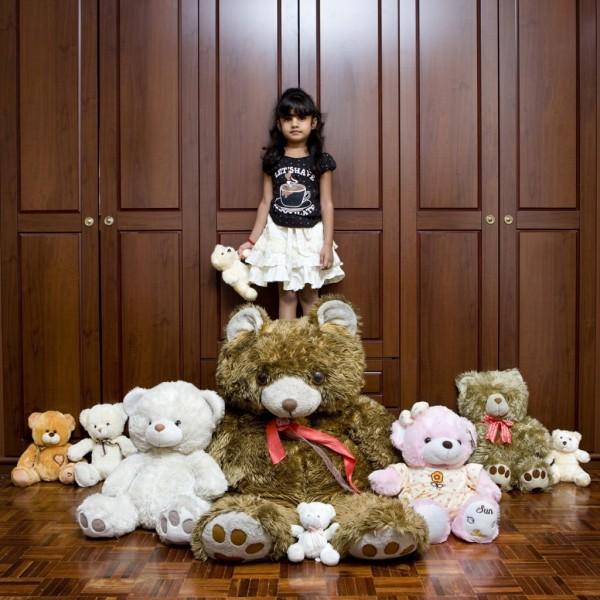 gabriele-galimberti-toy-stories-reanya-velaithan-kuala-lumpur-malaysia