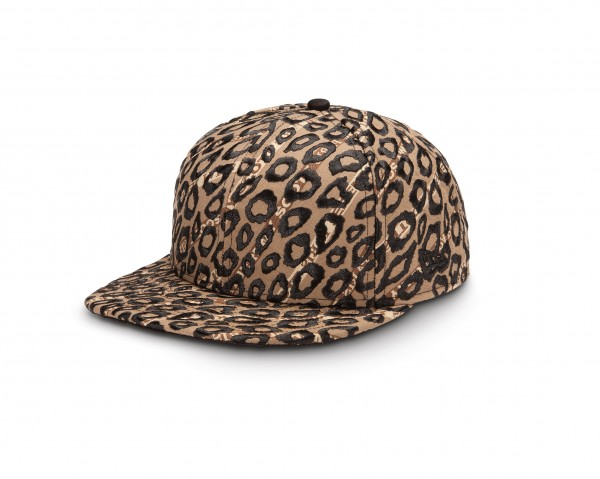Jeremy_Scott_1_9FIFTY_Leopard_3QL (1)