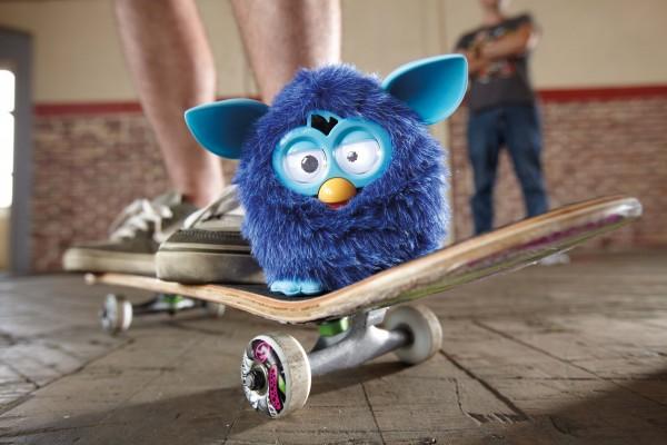 Furby_Skateboard1