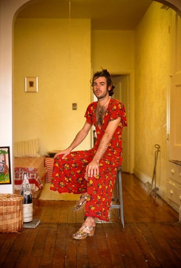 men-wearing-girlfriend-clothes-jon-uriarte-5