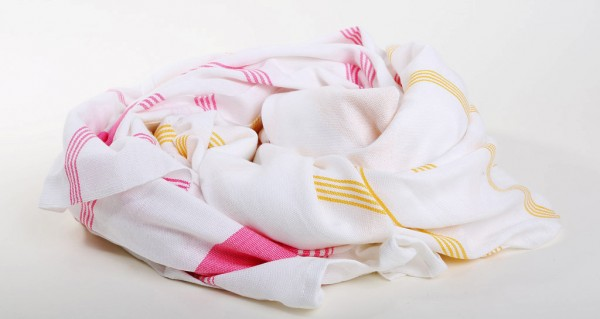 towels-kara-weaves-1-thumb-1024x546-52738