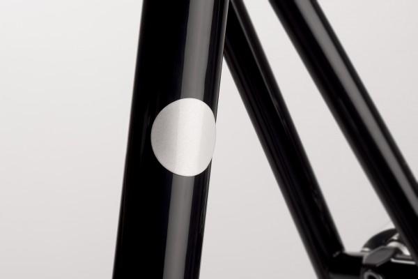Magnetic_Reflectors_White_Close