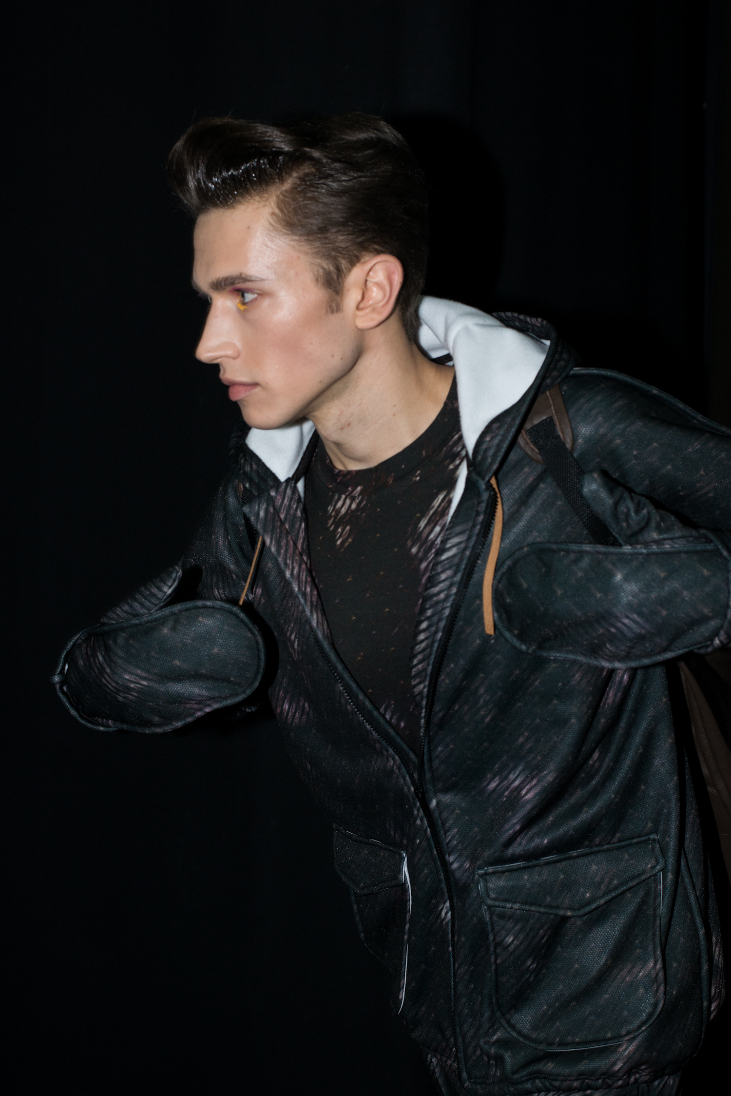 1389622190_JULIANZIGERLI_MMU_FW1415_BACKSTAGE_49