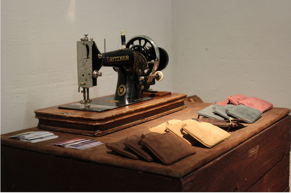 Old Sewing Machinw with Clutch Wallet