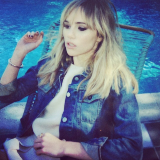 Superga_Suki_Waterhouse_2