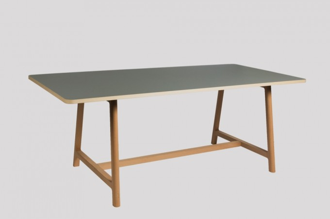 WH Frame Table