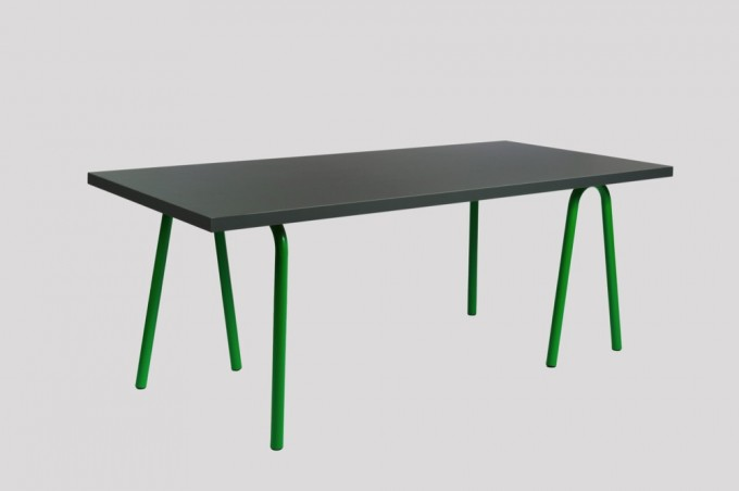 WH Trion Table green-dark grey lino
