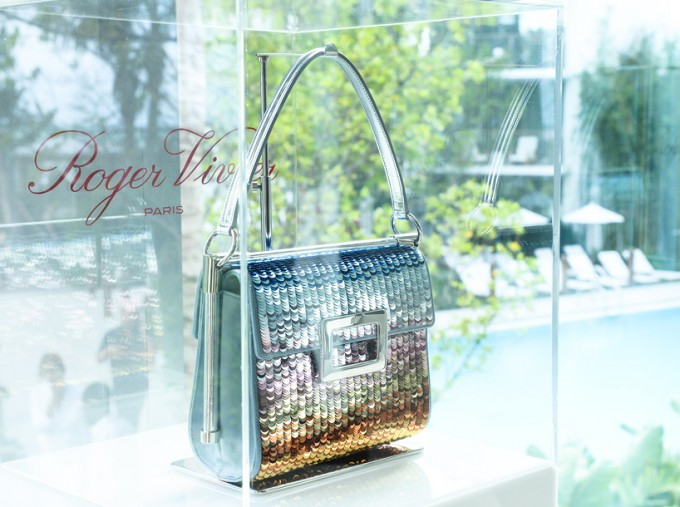 miss-viv-larcobaleno-handbag-bruno-frinsoni-designboom-03
