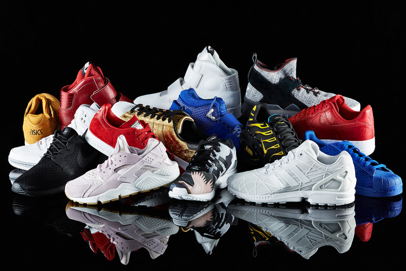 FOOTLOCKER_STILL_LIFE_02_12_2015_CAMPAIGN_01_0024