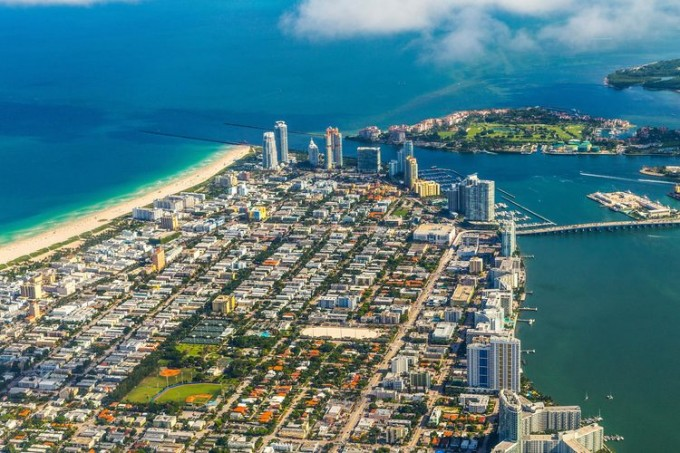 aerial-of-miami-Beach-and-town-000026439844_Full_2700x1800