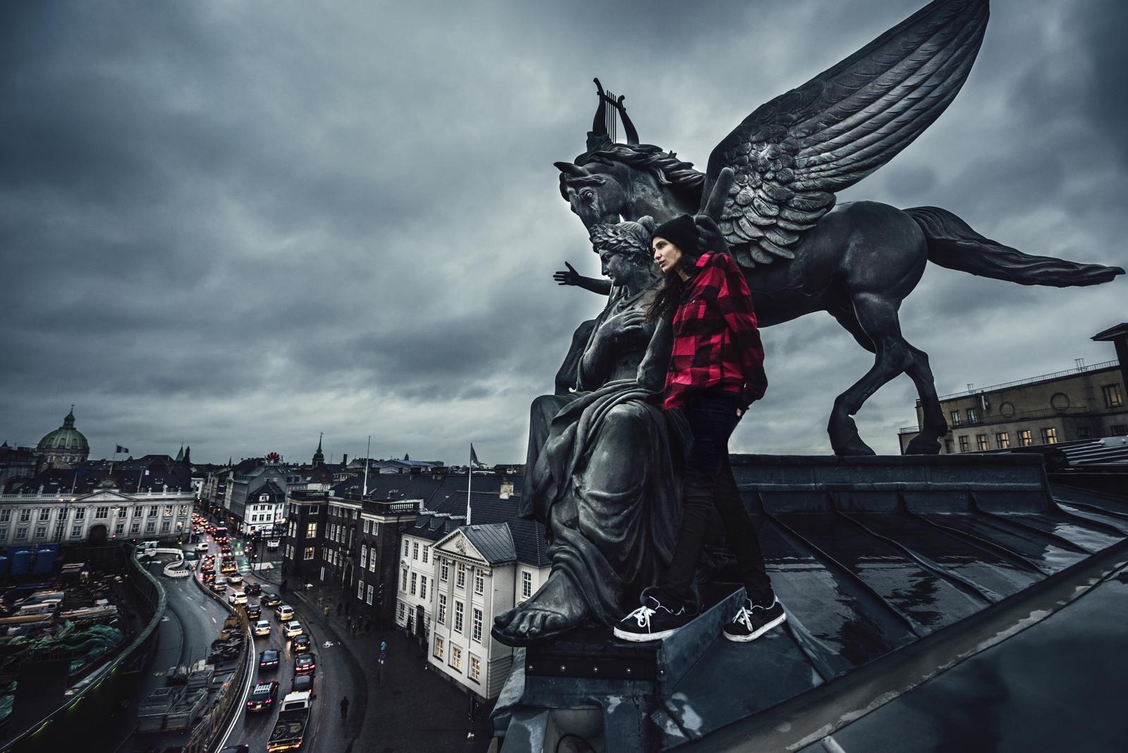URBEX_Elaina Hammeken_Copenhagen_RedbullTv_alta