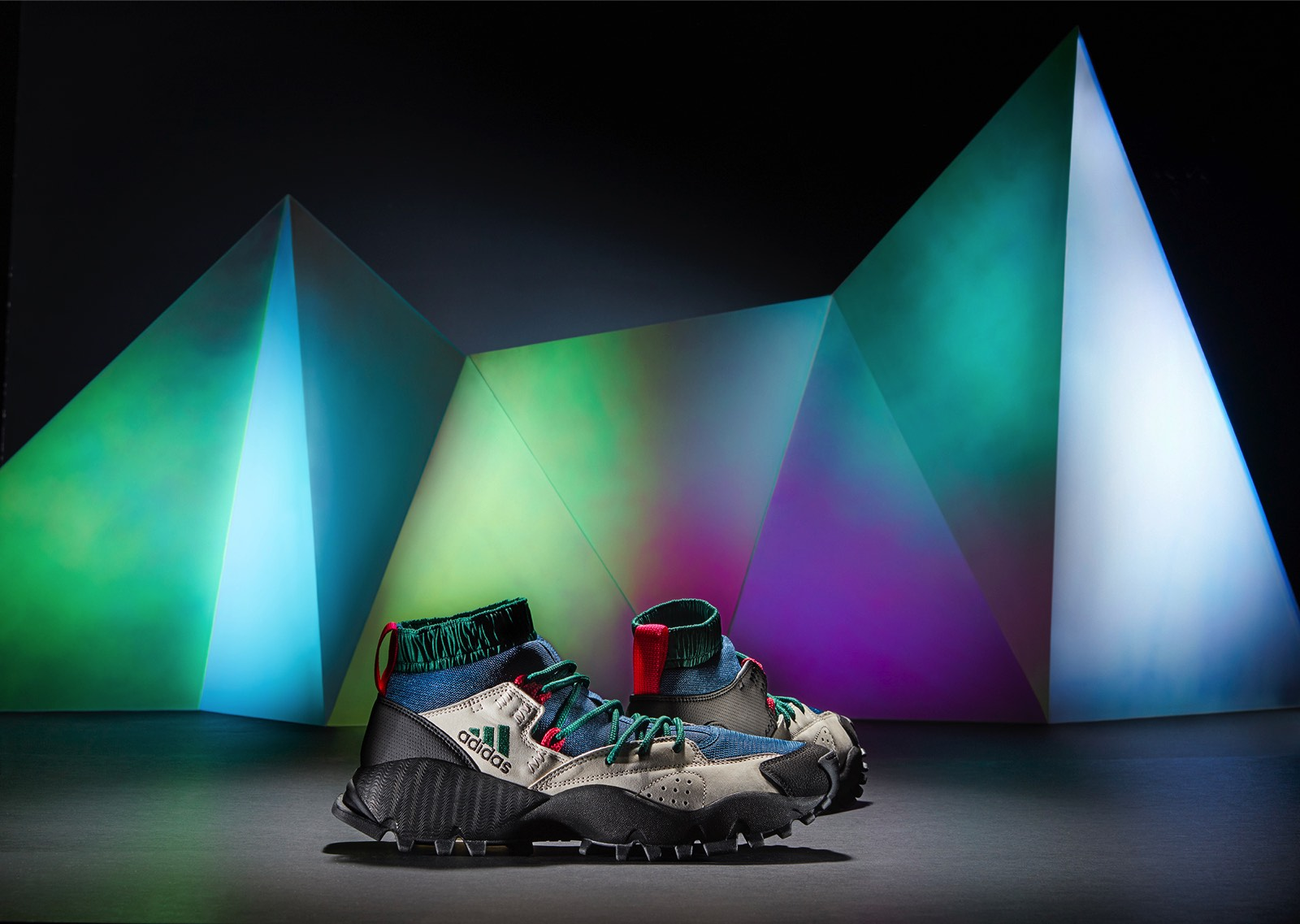 h20515_or_originals_footwear_packs_fw16_seeyoulater_s80017_01