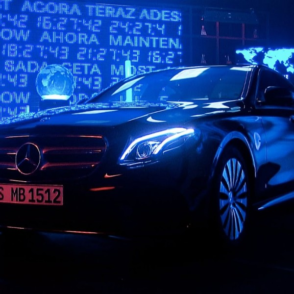 the-mercedes-benz-now-experience
