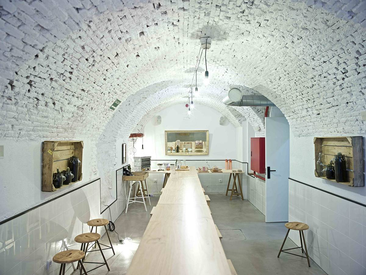 The-Hat-Hotel-Madrid-The-Cave