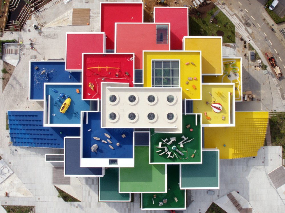 HighRes_2017-LEGO-House_above