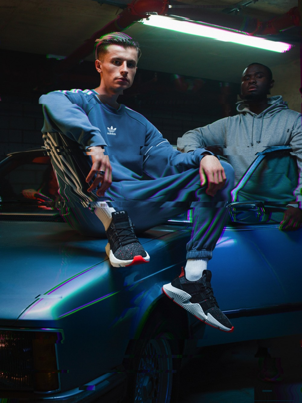 +H21020_Originals_Prophere_SS18_KEY_December-Look01_CQ3022_Foundation_Group_02